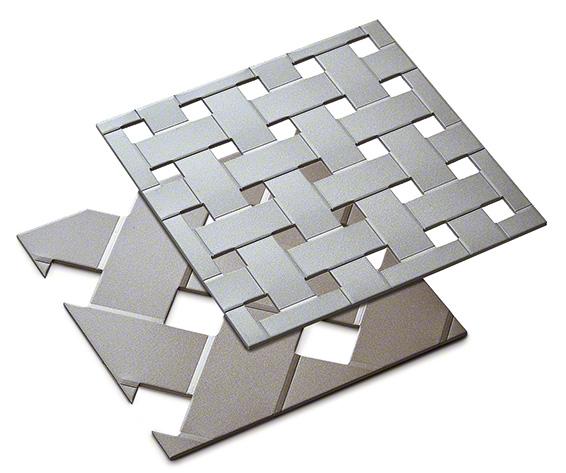 パンチングメタルに編み込みのような成形加工を施した製品(クロスパンチング アルミ)